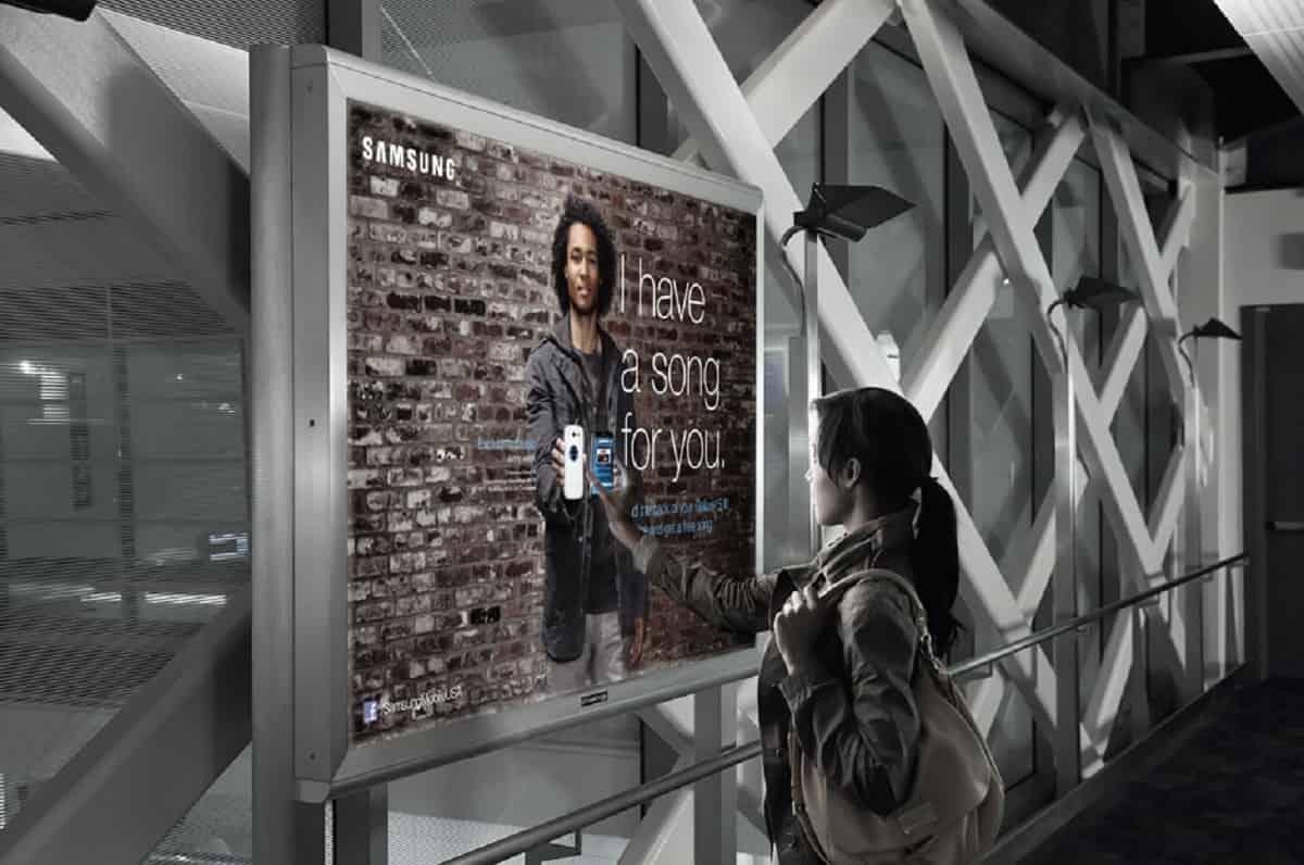 nfc-smart-poster-min
