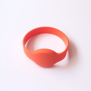 TK4100 Silicone Wristband – NFC 1st NFC Platform in UAE and MEA